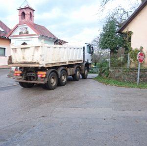 Prometna problematika skozi naselje Vrh pri Ljubnu